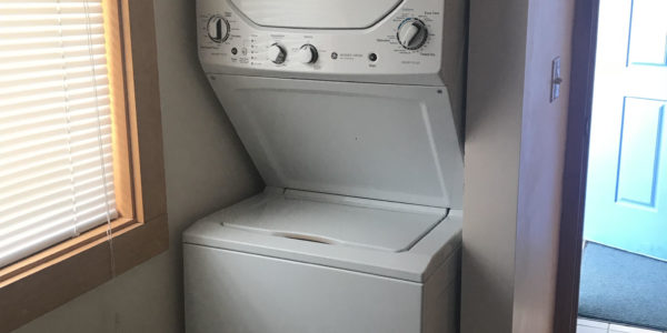 Townhouse washer and dryer
